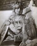 Maria, regina noastră