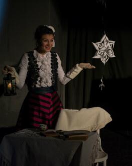 Madame Pové spune Povestea Oamenilor de Zăpadă MiniREACTOR