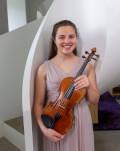#concertdeacasa - Mihaela Mitrofan, vioară solo Din Salonul de Muzică al artistei, direct în casele noastre!