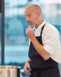 Fii un masterchef la tine acasa - Curs de cooking online cu un Chef celebru - experienta ta pentru perioada de carantina