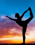 Un cadou relaxant pentru ea: Evadeaza din cotidian intr-un spatiu meditativ ce imbina organic terapia prin dans si yoga
