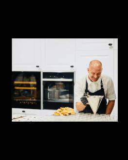 Curs de masterclass cooking in care vei crea un meniu cu 3 feluri cu ajutorul unui Chef de exceptie