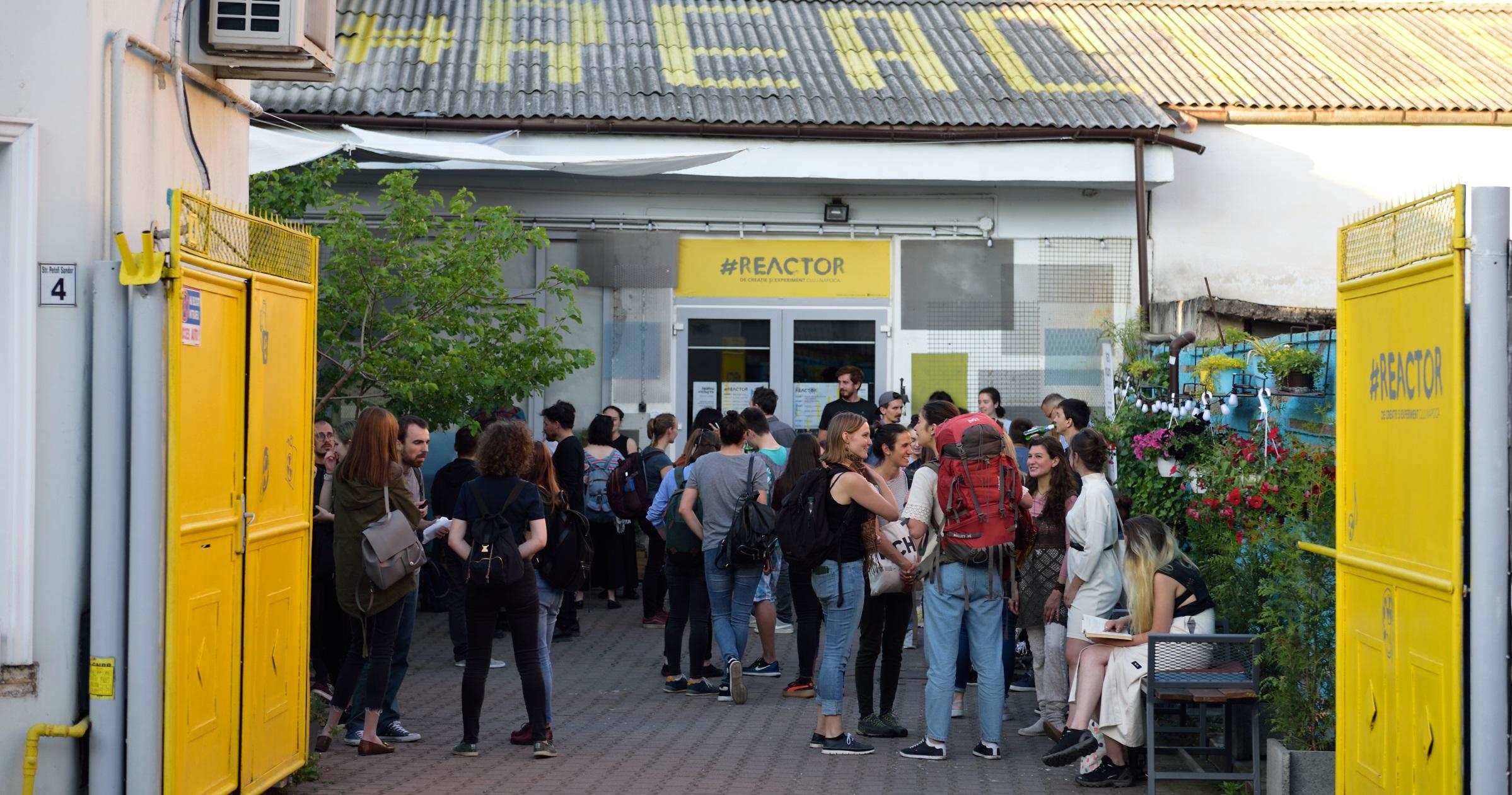 #JurnalDeArtist – Doru Taloș: Teatrul are nevoie de oameni, de public real, e un schimb în timpul spectacolului