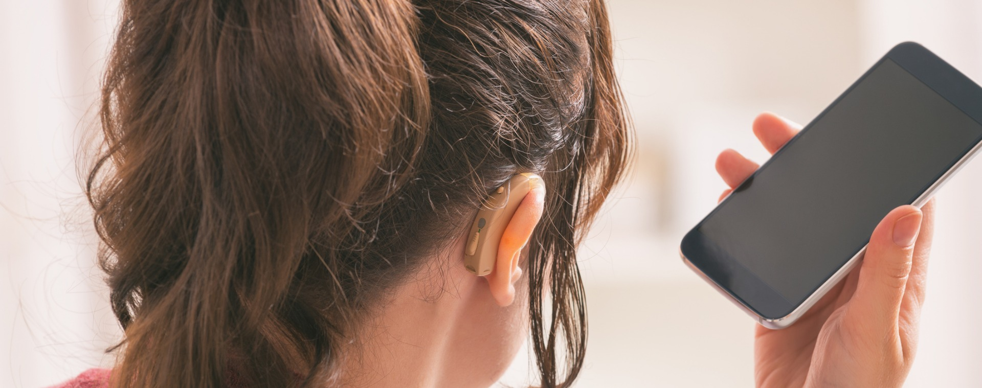 How to Integrate Connected Hearing Aids Into Your Daily Life