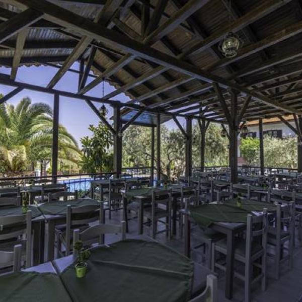 Снимка 1 на Natasa Hotel - Thassos, о-в Тасос
