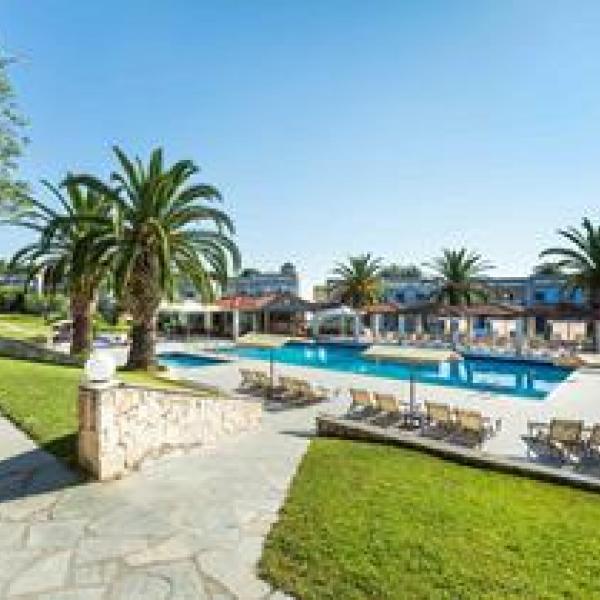 Снимка 1 на Iris Hotel - Siviri, Гърция