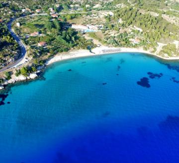 Снимка 2 на Makednos, Гърция