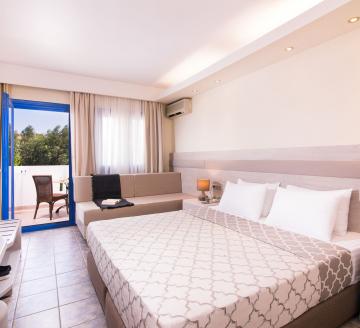 Снимка 2 на Alexandros Palace Hotel & Suites, Уранополис