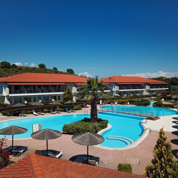 Снимка 1 на Alexandros Palace Hotel & Suites, Уранополис