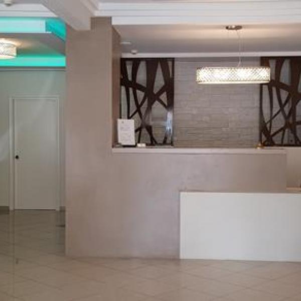 Снимка 1 на Akropol Hotel, Паралия Катерини