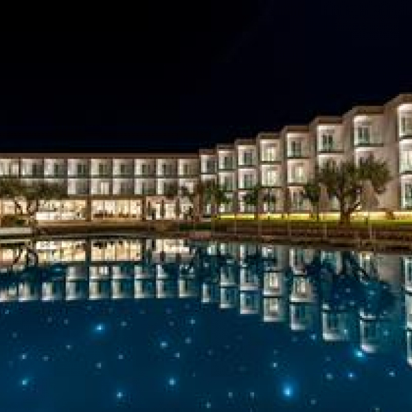 Снимка 1 на Amaronda Resort & Spa, о-в Евия