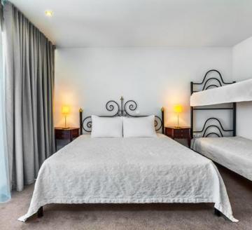 Снимка 3 на Kriopigi Hotel, Гърция