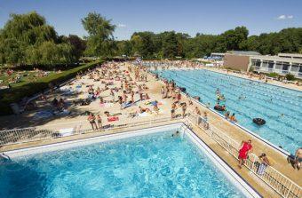 La Grenouillère : la piscine élevée en plein air