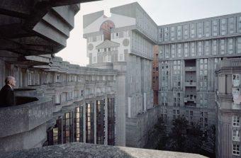 «Des architectures rétro-futuristes»