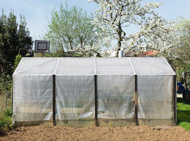 Jardin familial, Parc des Lilas, Vitry-sur-Seine, avril 2015 / © Geoffroy Mathieu