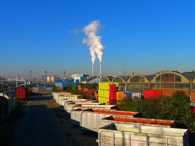 L'usine d'incinération des déchets du Syctom à la frontière entre Paris et Ivry / © Stefan Shankland