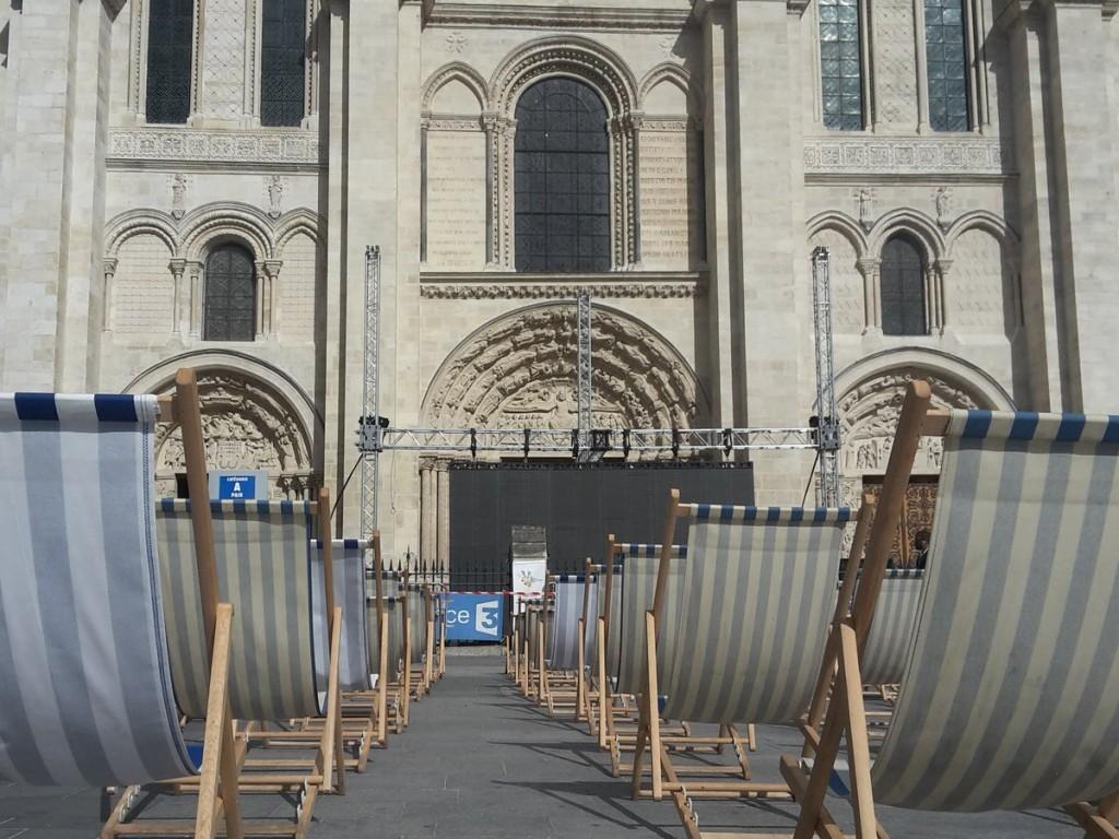 Place de la basilique Saint-Denis / © Ville de Saint-Denis
