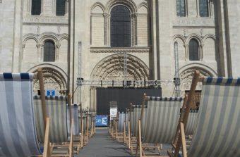Saint-Denis est dans la place… de la basilique