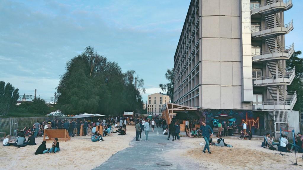 La plage du 6b à Saint-Denis / DR
