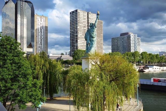 Île aux cygnes, statue de la Liberté / © Paris la douce