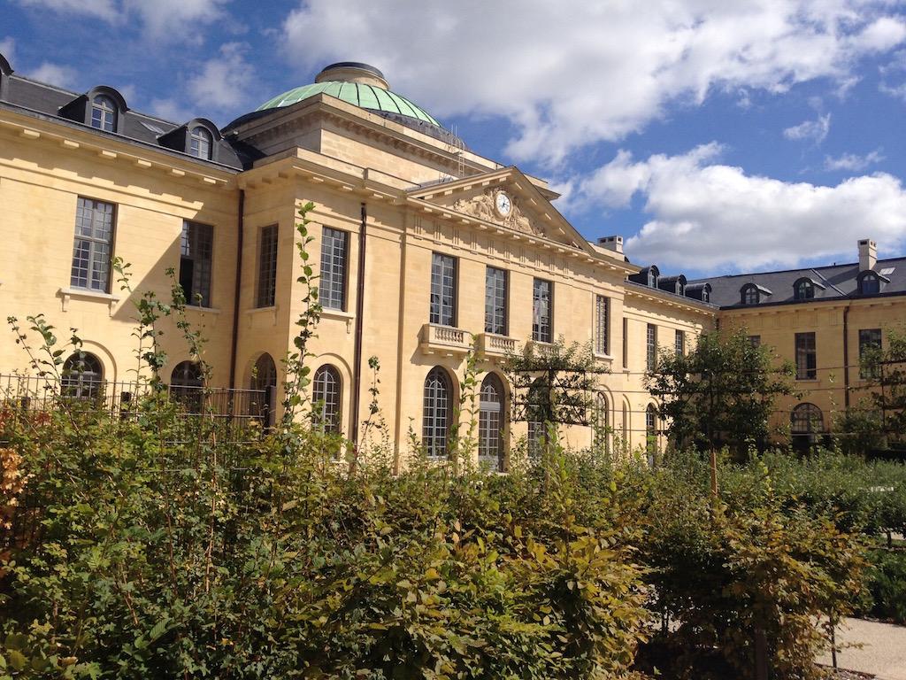 Hôpital royal à Versailles / © Steve Stillman