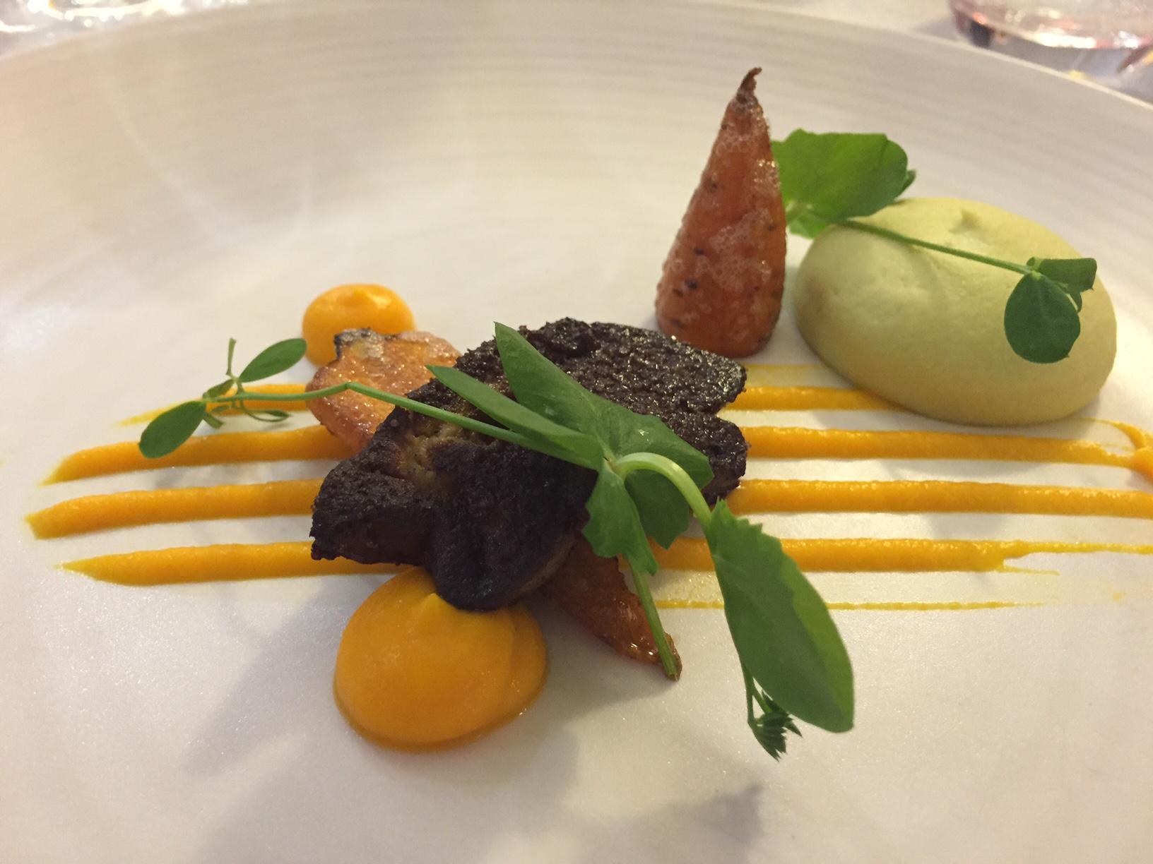 Foie gras poêlé - Le Vin sur Vin à Ermont / © Plus on est de Food Plus on rit