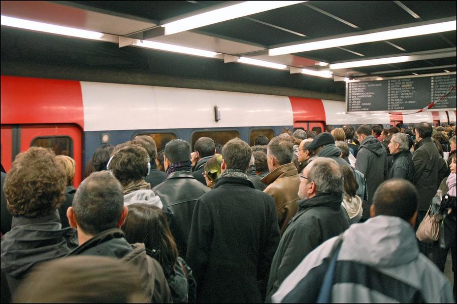 Les quais du RER / © Jean Pierre Dalbéra - Flickr