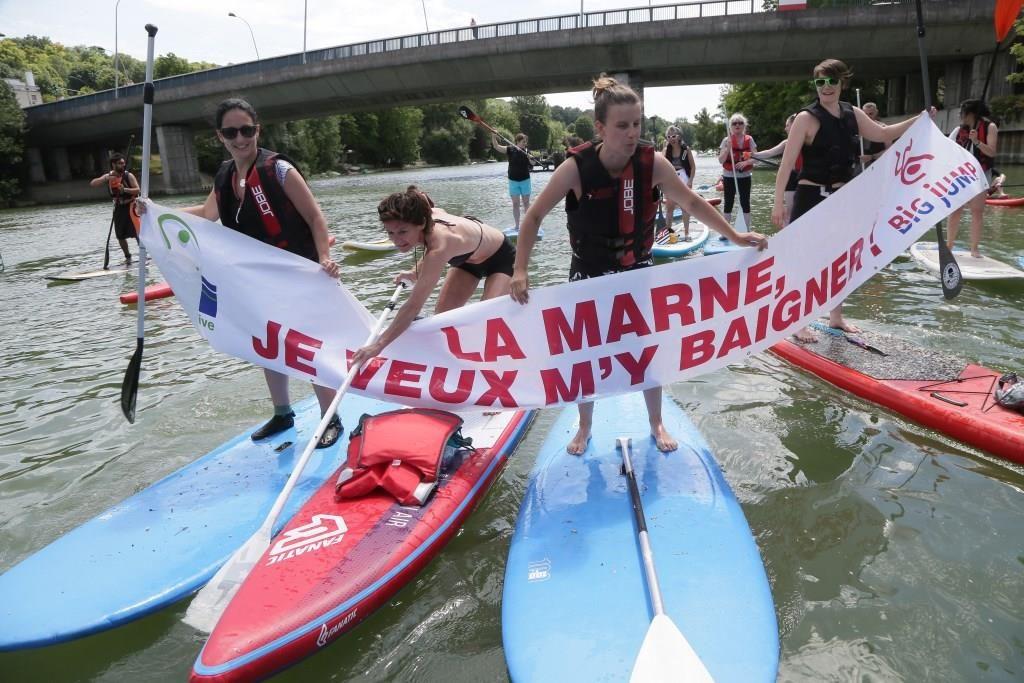 Mobilisation citoyenne à l'occasion de l'évènement européen annuel du Big Jump 2016 / © Marne Vive