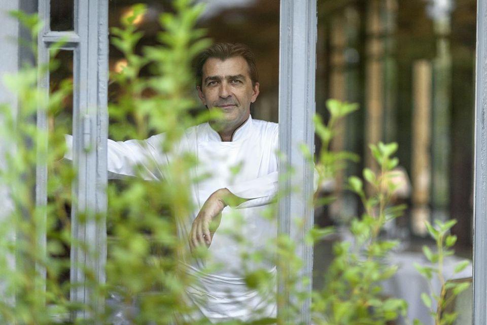 Yannick Alléno, chef multi-étoilé et grand promoteur du terroir francilien / © Geoffroy de Boismenu