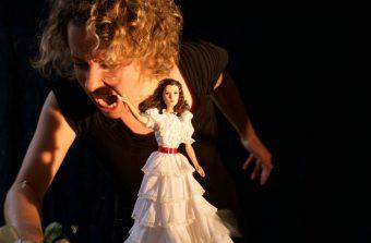 Faites nuit blanche dans un théâtre au fil des spectacles de marionnettes