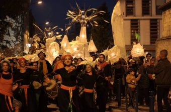 Un cortège de lanternes fantaisie à Ecouen