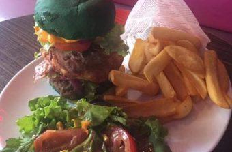 Après le Zlatan Burger, place au Neymar Burger à Vincennes