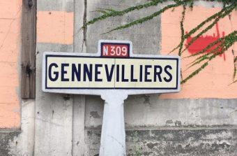 Aidez-nous à retrouver les panneaux d'entrée de ville en pierre encore en vie