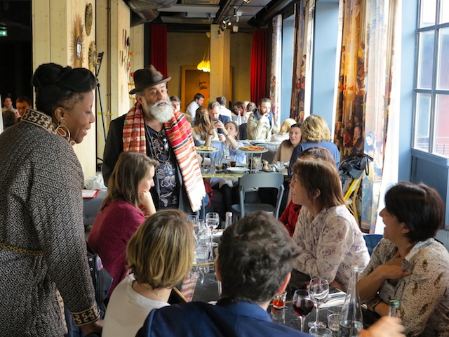 Déjeuner au MOB HOTEL à Saint-Ouen avec les agents de la Région Île-de-France / © Louis-Pierre Samain