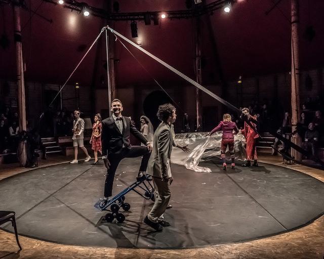 Apéro cirque à l'Académie Fratellini / © Jean-Fabien Leclacnhe pour Enlarge your Paris