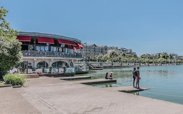 Lac d'Enghien-les-Bains - La Petite Riviera / © Jean-Fabien Leclanche pour Enlarge Your Paris