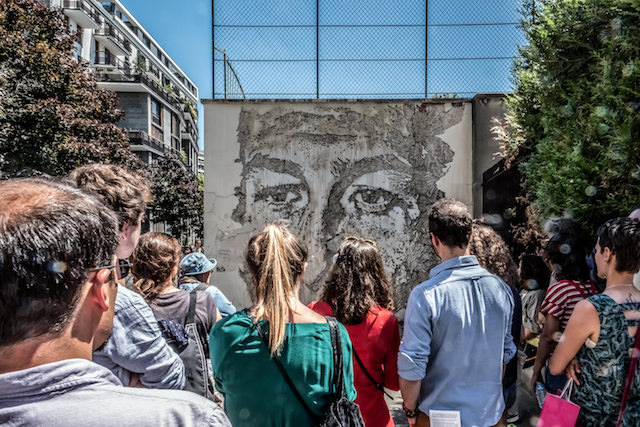Oeuvre de Vhils rue du Château des Rentiers dans le 13e arrondissement / / © Jean-Fabien Leclanche pour Enlarge Your Paris
