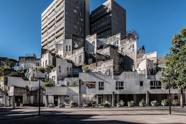 L'architecture de Jean Renaudie à Ivry - La Street Galerie / © Jean-Fabien Leclanche pour Enlarge Your Paris