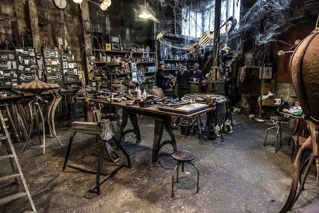 Atelier de Nicolas Cesbon au sein de la Briche à Saint-Denis / © Jean-Fabien Leclanche pour Enlarge your Paris