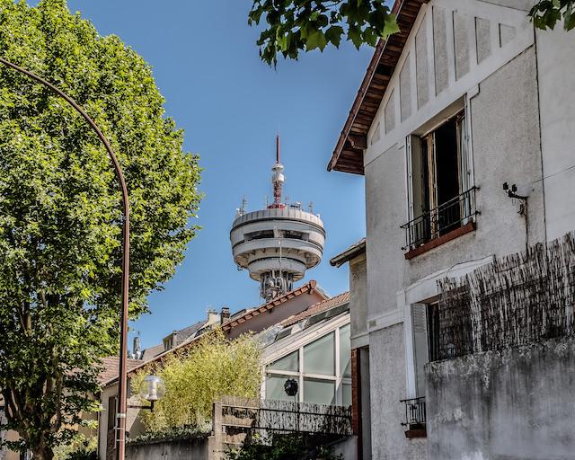 La tour télé de Romainville vue de puis Pantin - La Fabrique / © Jean-Fabien Leclanche pour Enlarge your Paris