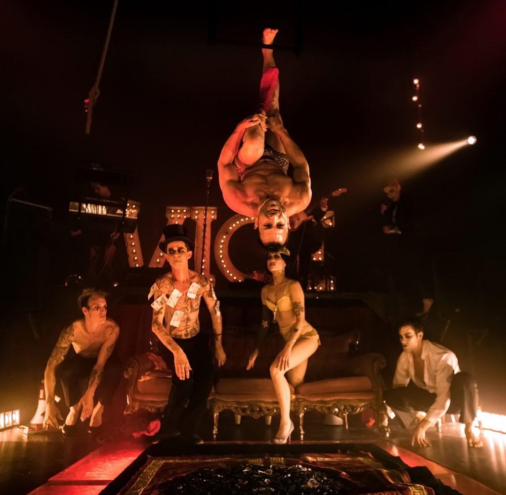 ELECTRIC SIDESHOW au Cirque Electrique / © Hervé PHOTOGRAFF