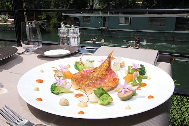 Restaurant La Passerelle à Issy / DR