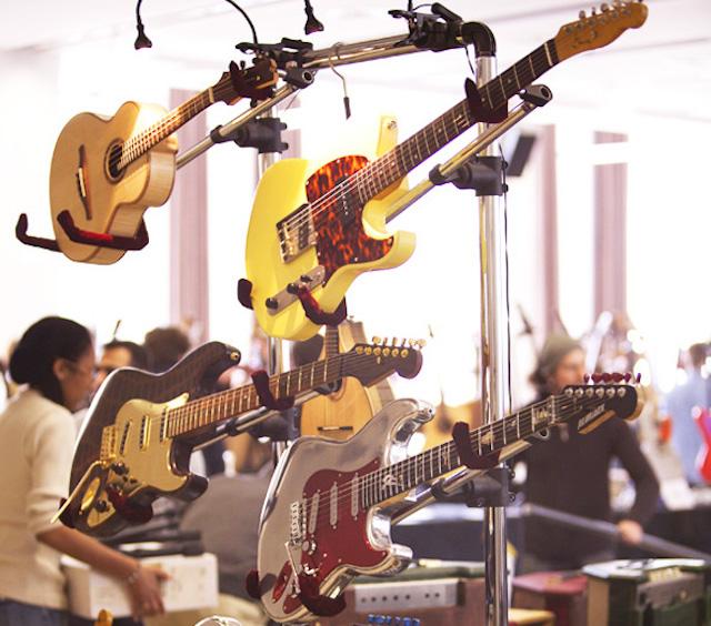 """Salon de la guitare organisé dans le cadre de """"Guitares au Beffroi"""" à Montrouge / DR"""