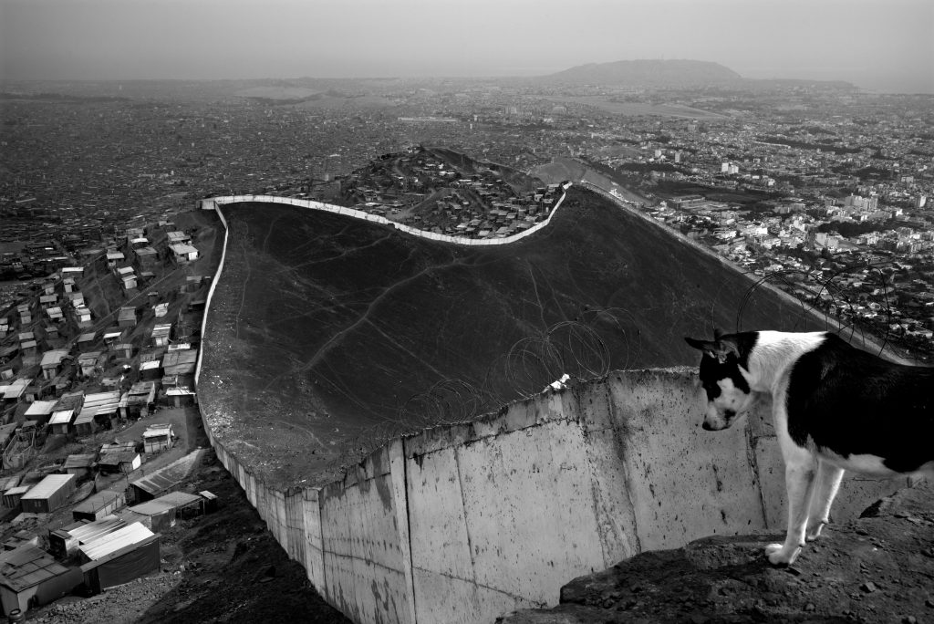 Le Mur de Lima au Pérou par Gaël Turine/ © Gaël Turine - MAPS