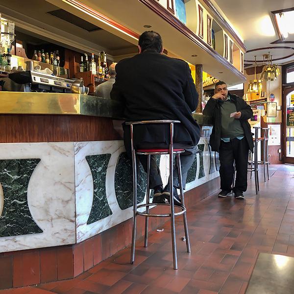 Bar Le Casanova à Ivry
