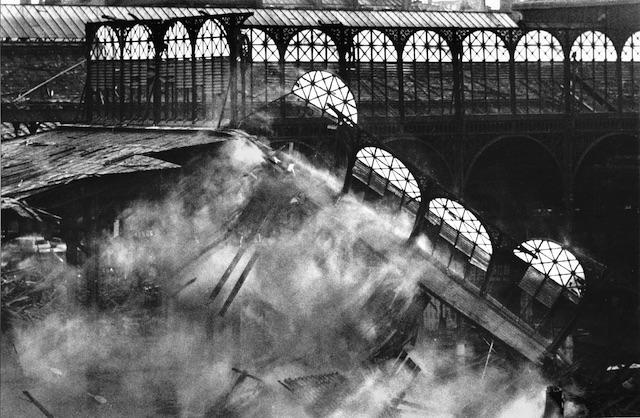 La destruction des Halles Baltard à Paris / © Jean-Claude Gautrand
