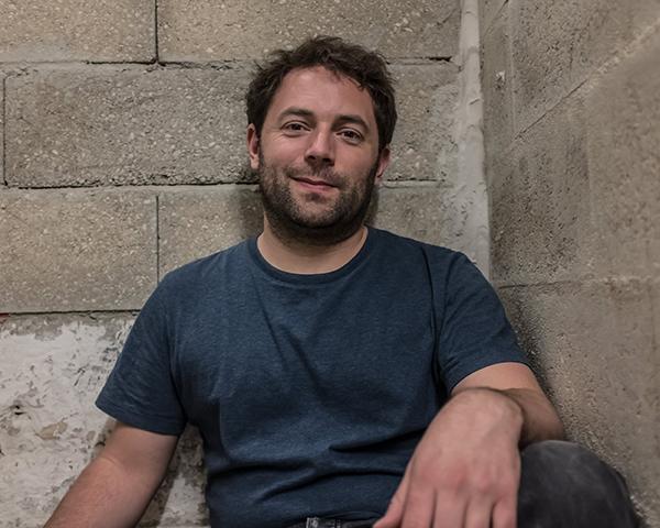 Jérémy Verrier, directeur artistique de La Marbrerie à Montreuil / © Jean-Fabien Leclanche pour Enlarge Your Paris