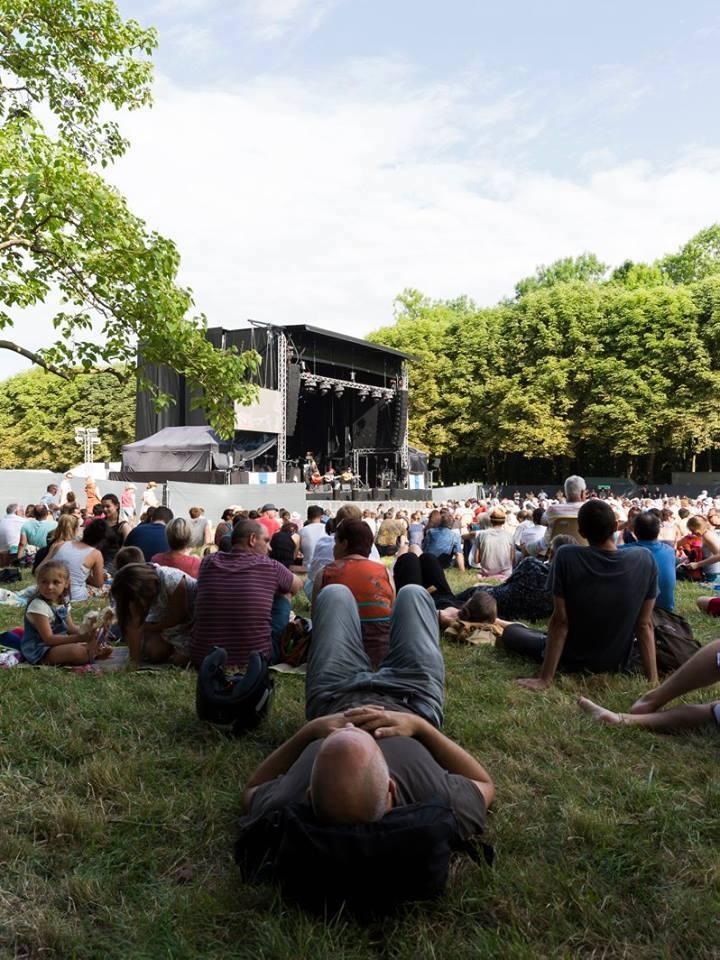 Django Reinhardt Festival dans le parc du château de Fontainebleau / © Anthony Voisin