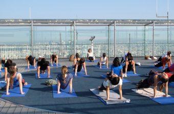Des cours de yoga dans des cadres atypiques du Grand Paris