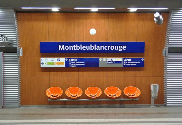 Montbleublancrouge / © Enlarge your Paris x Magasins généraux
